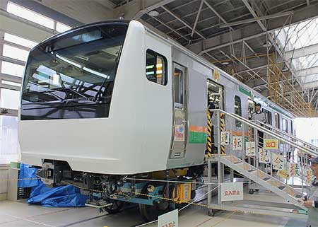 https://cdn3.railf.jp/img/news/2012/10/121013_e233_1323.jpg