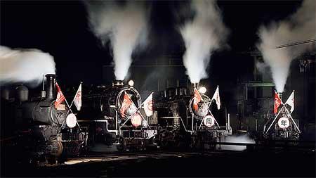 梅小路蒸気機関車館で蒸機のライトアップ展示