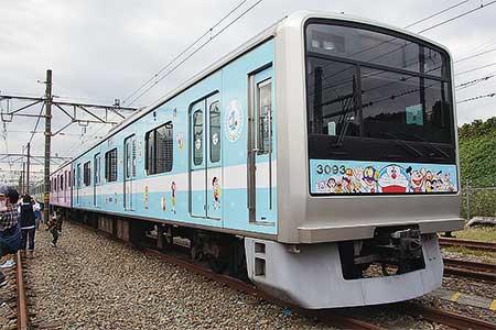 『小田急ファミリー鉄道展2012』開催