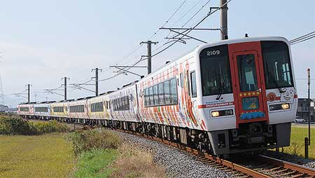 「予讃線アンパンマン列車」,全車が新ラッピングに