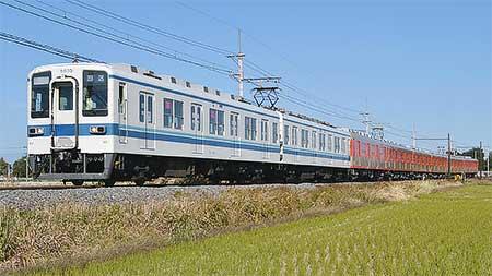 東武鉄道8000系8111編成が森林公園へ