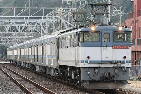 千葉ニュータウン鉄道9200形が甲種輸送される