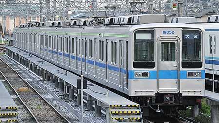 東武10030系11652編成が野田線カラーに