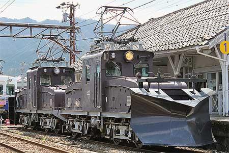 えちぜん鉄道で『桜とラッセルを撮ろう!』開催