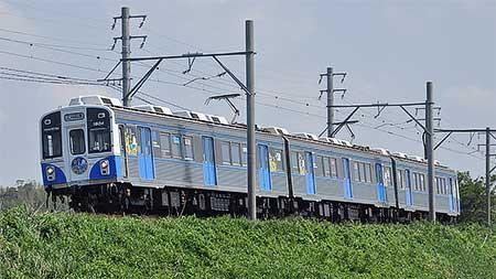 豊橋鉄道1800系「なぎさ号」がカラフルトレイン「ひまわり」編成に