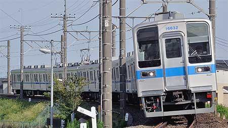 東武10030系リニューアル車が野田線で営業運転を開始