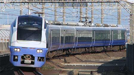 https://cdn3.railf.jp/img/news/2013/07/130721_e653_5638.jpg