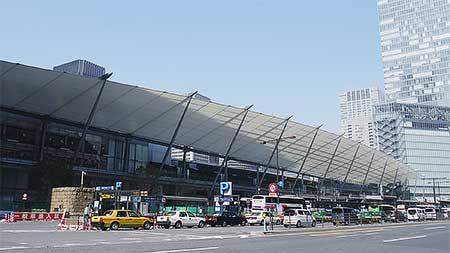 東京駅八重洲口の「グランルーフ」が完成