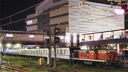 東京メトロ05系が甲種輸送される