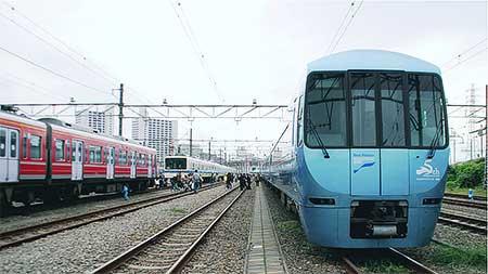小田急『ファミリー鉄道展2013』...