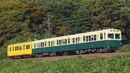 三岐鉄道北勢線で三重交通リバイバル塗色車運行開始