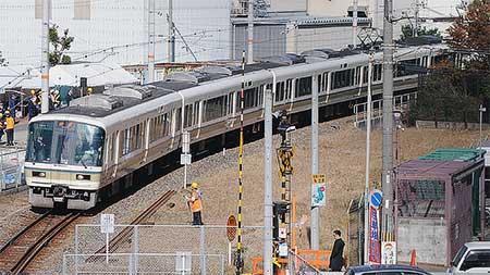 和田岬線に221系が入線