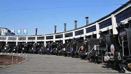 梅小路蒸気機関車館で特別展示『蒸気機関車の頭出し』開催