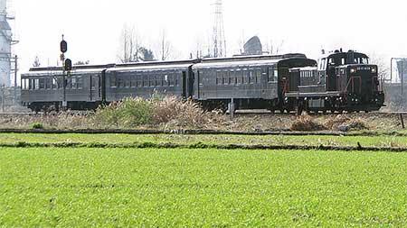 50系「SL人吉」編成が唐津線に初入線