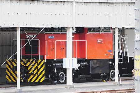 「HTM270」が,大宮総合車両センター構内に留置される