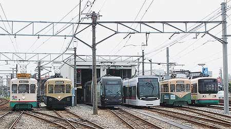 富山地方鉄道で「路面電車の日」イベント