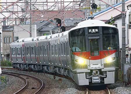 227系A01・A02編成が近畿車輌から出場