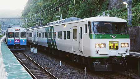 「伊勢海老列車」,185系で運転
