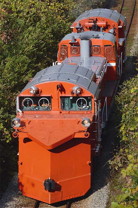 DE15 2525による試運転
