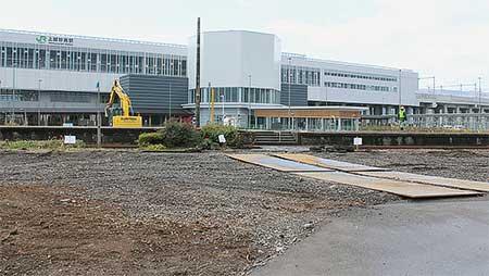 旧脇野田駅の撤去作業が進む