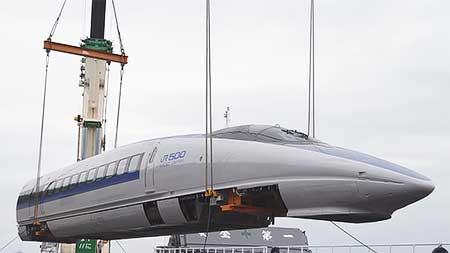 100系と500系の先頭車が京都鉄道博物館へ