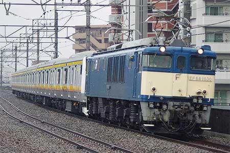 E233系8000番台N11編成が配給輸送される