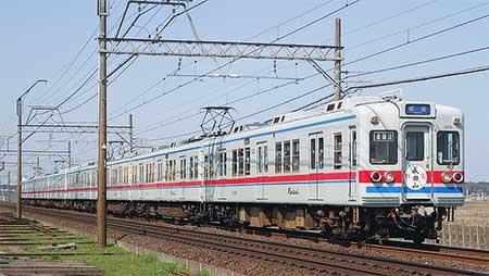 京成電鉄で3300形による臨時特急「成田山」号運転