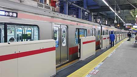 東急東横線武蔵小杉駅4番線にホームドア設置