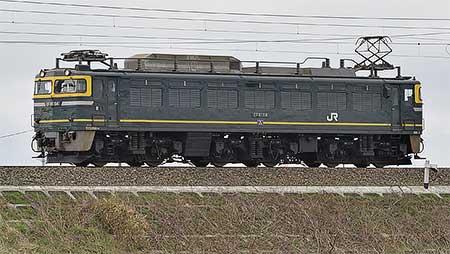 敦賀地域鉄道部所属のEF81形5両が相次いで金沢総合車両所松任本所へ