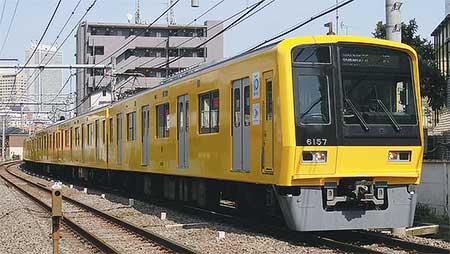 西武「黄色い6000系電車」運転開始