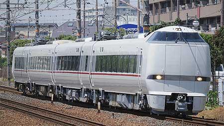 塗装変更された289系が本線で試運転
