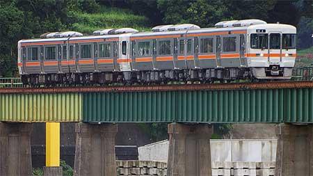 『熊野大花火大会』開催にともない臨時列車の運転および定期列車の増結実施