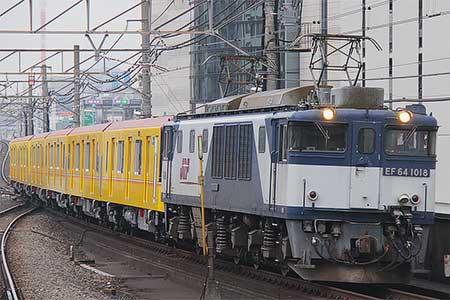 東京メトロ1000系1127編成が甲種輸送される