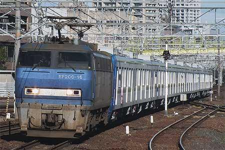 東京メトロ16000系の甲種車両輸送が行なわれる
