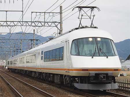 近鉄21000系「アーバンライナーplus」2本が天理線に入線