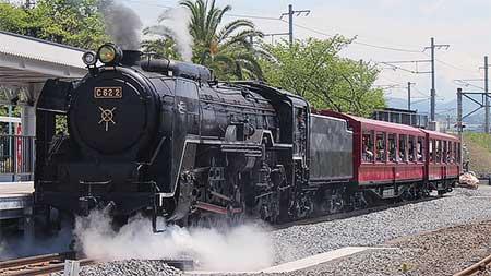 京都鉄道博物館で「SLスチーム号」の試乗会