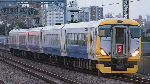 https://cdn3.railf.jp/img/news/2016/06/160604_e257_0162.jpg