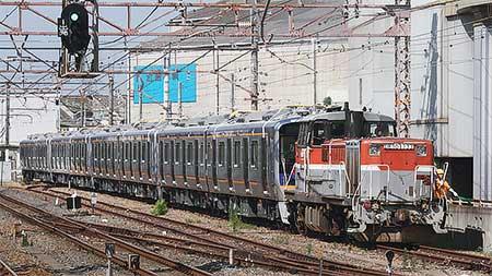 南海電鉄8300系2連4本が甲種輸送される