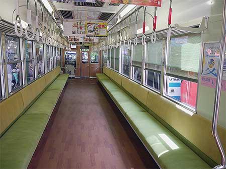 叡山電鉄デオ723の内装が変更される