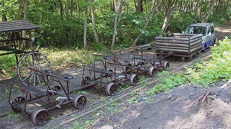 三笠鉄道村でアドベンチャートレインの運転開始