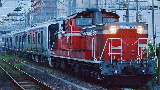 南海8300系2連2本が甲種輸送される