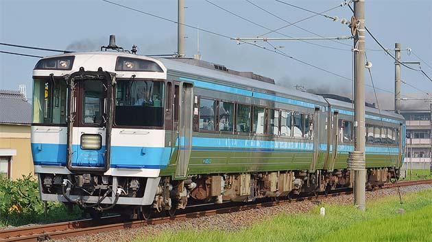 土讃線でキハ185系による普通列車運転