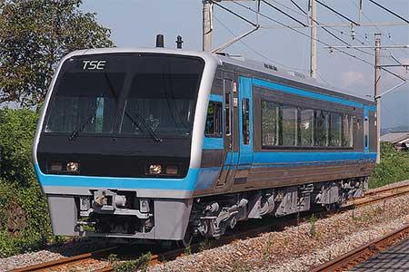 JR四国2000系2001号「TSE」が多度津工場から出場