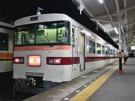 東武日光ゆき臨時夜行列車「日光夜行号」運転
