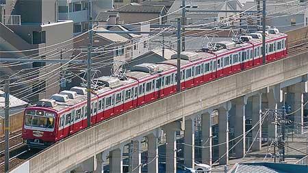 京急800形リバイバル塗装車両による記念イベント列車運転