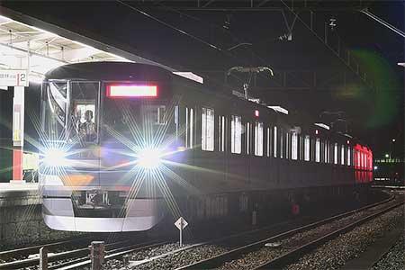 東京メトロ13000系第2編成が東武鉄道伊勢崎線・佐野線で試運転