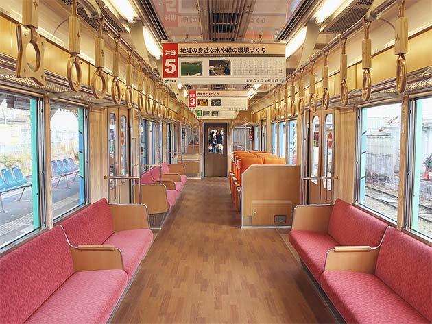 伊賀鉄道200系205編成が「木育トレイン」に