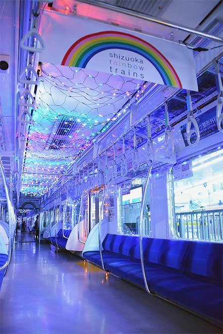 静岡鉄道でイルミネーショントレイン運転