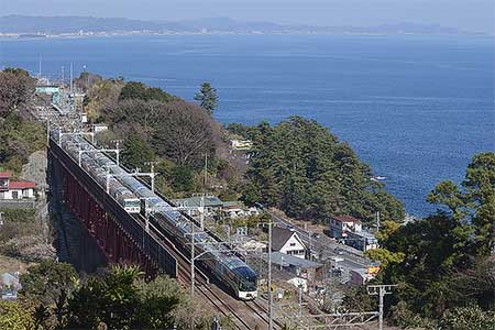 「TRAIN SUITE 四季島」が伊東へ