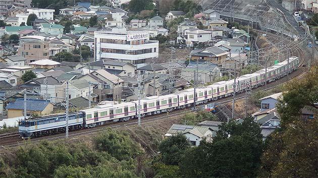 京成3000形3035編成が甲種輸送される